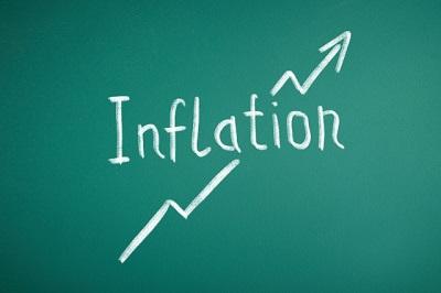 黒板に書かれたインフレーション