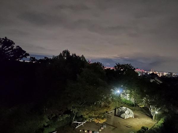 【Xiaomi Mi9写真、作例】夜の通常モード