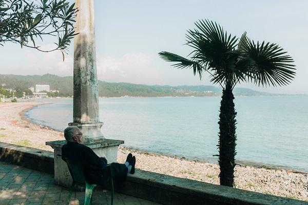 海と老人とセミリタイア