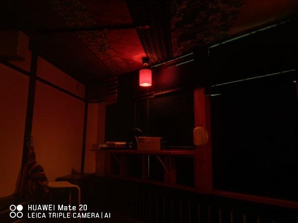 Mate20無印の暗所作例夜間モード
