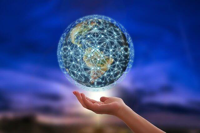手の平にグローバルネットワークを持つ