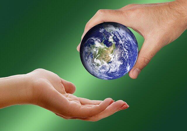 グローバル、世界を手と手で繋ぐ