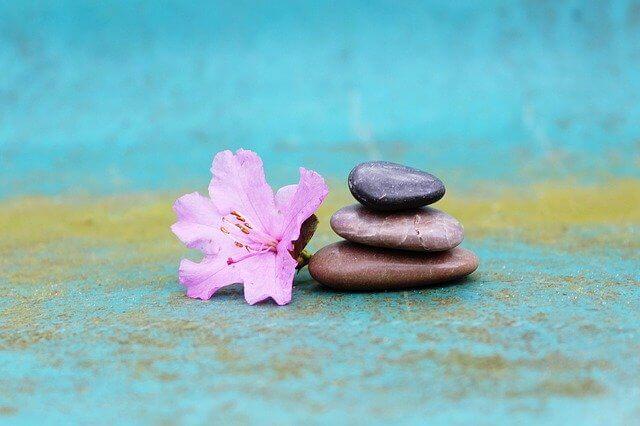 石と花、バランス